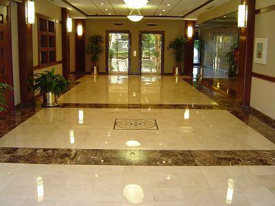 Hall de oficinas. Clientes  Cámara limpiezas y conservación